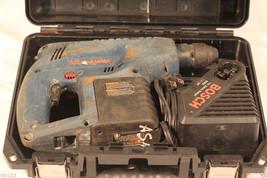 BOSCH CORDLESS 24 VOLT HAMMER DRILL WITH EXTRAS - $4.750,33 MXN
