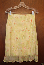 GAS CO. Light Green Floral Skirt Size Large - $8.99
