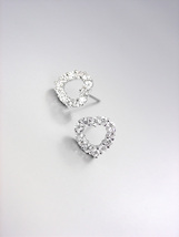 Shimmery 18kt White Gold Plated Cz Crystals Dainty Petite Heart Post Earrings - $15.99