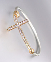 CLASSIC Designer Style Gold CZ Crystals Cross Silver Cable Bracelet - $382,27 MXN