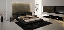 J&M Furniture Black Wave Leatherette King Size Platform Bedroom Set 3Ps Casual