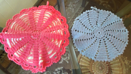 Set of Two Hand Crocheted Vintage Pot Holders #22041 - $6.99