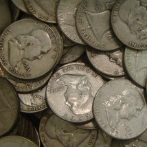 KRIS KRINGLE SAYS! US 90% Silver Coins 51 Collector Franklin Halves Mixe... - $456.00