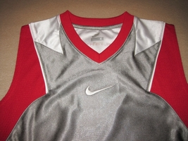 BOYS 6 - Nike - Flight Grey-Red-White BASKETBALL SPORTS JERSEY image 3