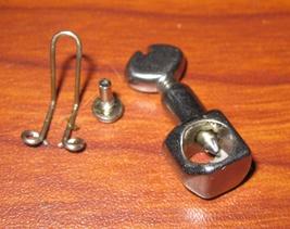 Singer 2638 Needle Clamp #74815 w/Twin Thread Guard - $7.00