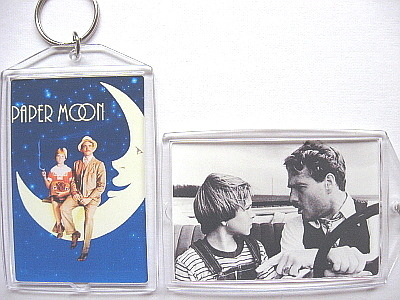 Paper moon keychain photo to post