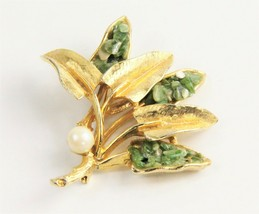 Estate Jewelry Vintage Coro Signed Real Pearl & Jade Chip Brooch - $35.00