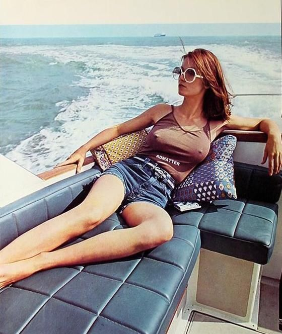 VINTAGE PINUP POSTER BRALESS EROTIC BOATING PHOTO SEXY SUNGLASSES CALENDAR GIRL