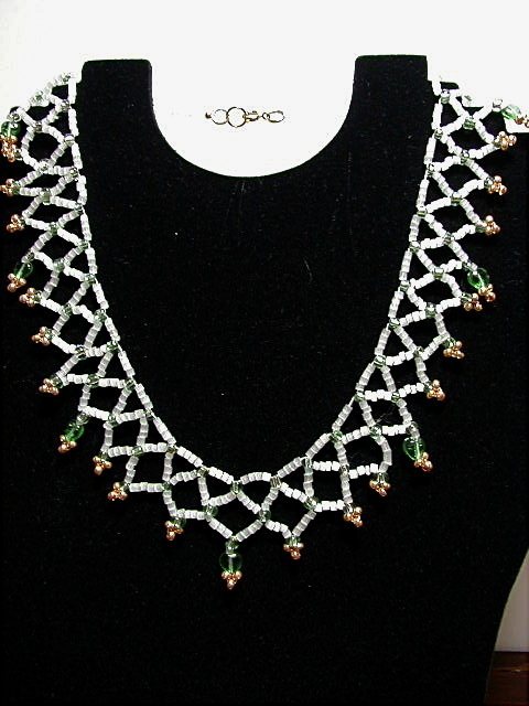 White and green gold lace necklace