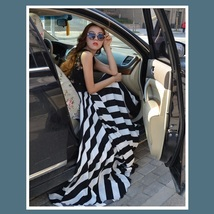 Black and White Full Waves Flare Gown with Blace Lace Bodice Summer Dress image 2