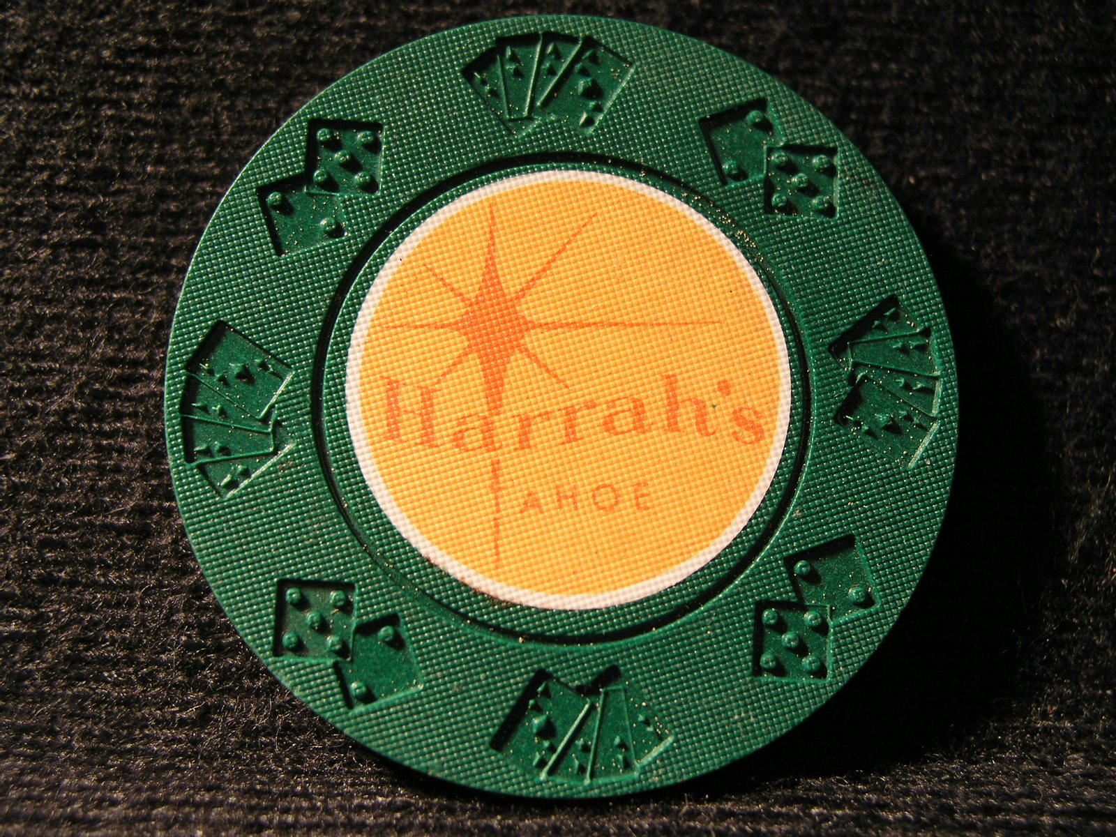 "Primary image for ROULETTE CHIP FROM: ""HARRAH'S CASINO"" - (sku#2890)"