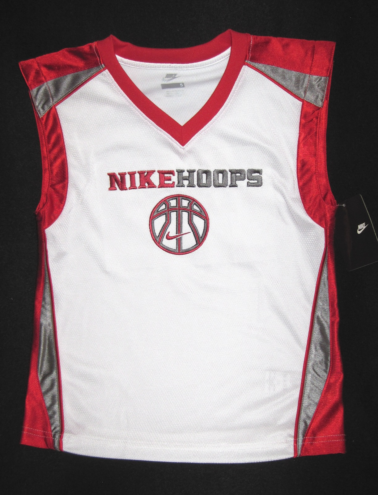 BOYS 6 - Nike Hoops - White-Red-Gray BASKETBALL SPORTS JERSEY image 3