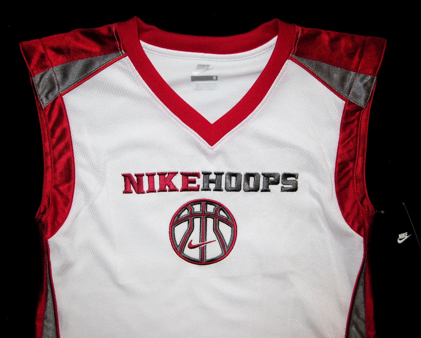 BOYS 6 - Nike Hoops - White-Red-Gray BASKETBALL SPORTS JERSEY image 5