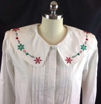 Karen Scott Holiday Christmas Shirt Snowflakes Hearts Embroidered Collar M - $26.24