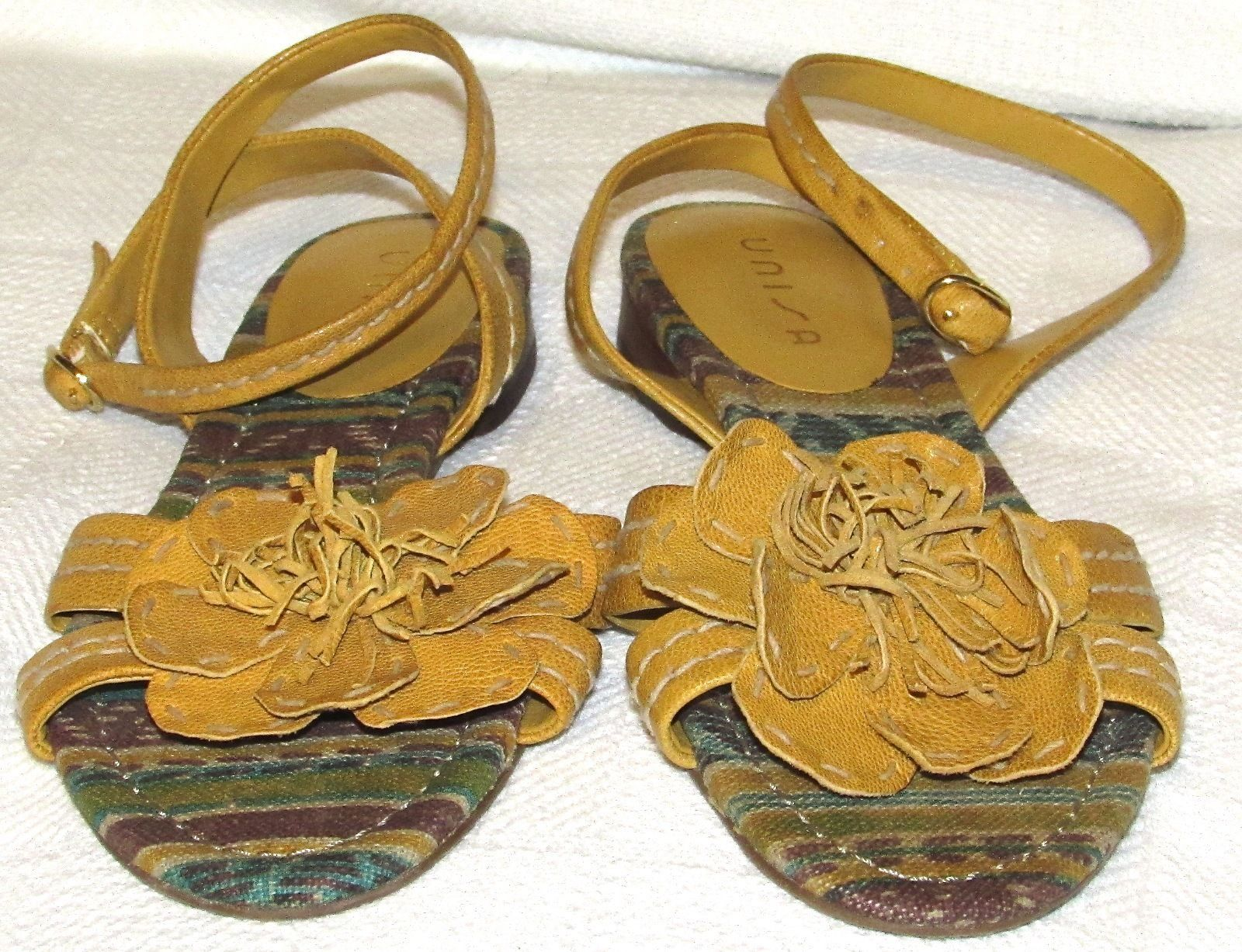 Unisa Gold Leather Flower Ankle Strap Sandals S: 6.5 M