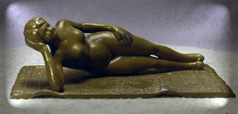 Fritz Bermann & Co - Antique Signed Bronze Voluptuous Nude on Persian Ca... - $700.00