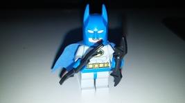 Lego Marvel Superheroes Juniors Blue Batman Minifigure -10672/10724 FIGURE ONLY - $12.99
