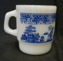 Anchor Hocking Fire King Milk White Glass Blue Willow Cup Mug USA Vintage - $58.77