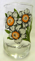 Narcissus White Flower December Water Beverage Glass Vintage Collectible - $24.47