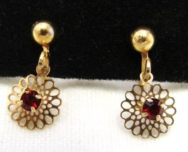 Red Rhinestone Daisy Flower Clip Back On Earrings Costume Fashion Vintage - $19.37