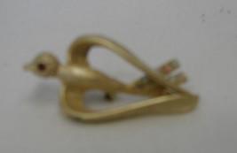Vintage Costume Fashion Gold Plated Rhinestone Heart Wings Bird Pin Brooch - $24.72
