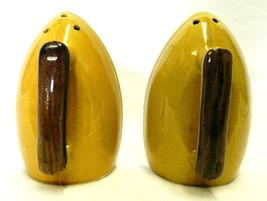Vintage Clothing Iron Salt Pepper Shakers Colle... - $32.64