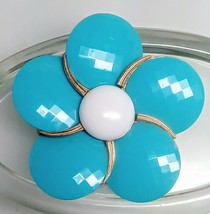 Crown Trifari Faceted Glass Large Mod Flower Brooch - $64.35