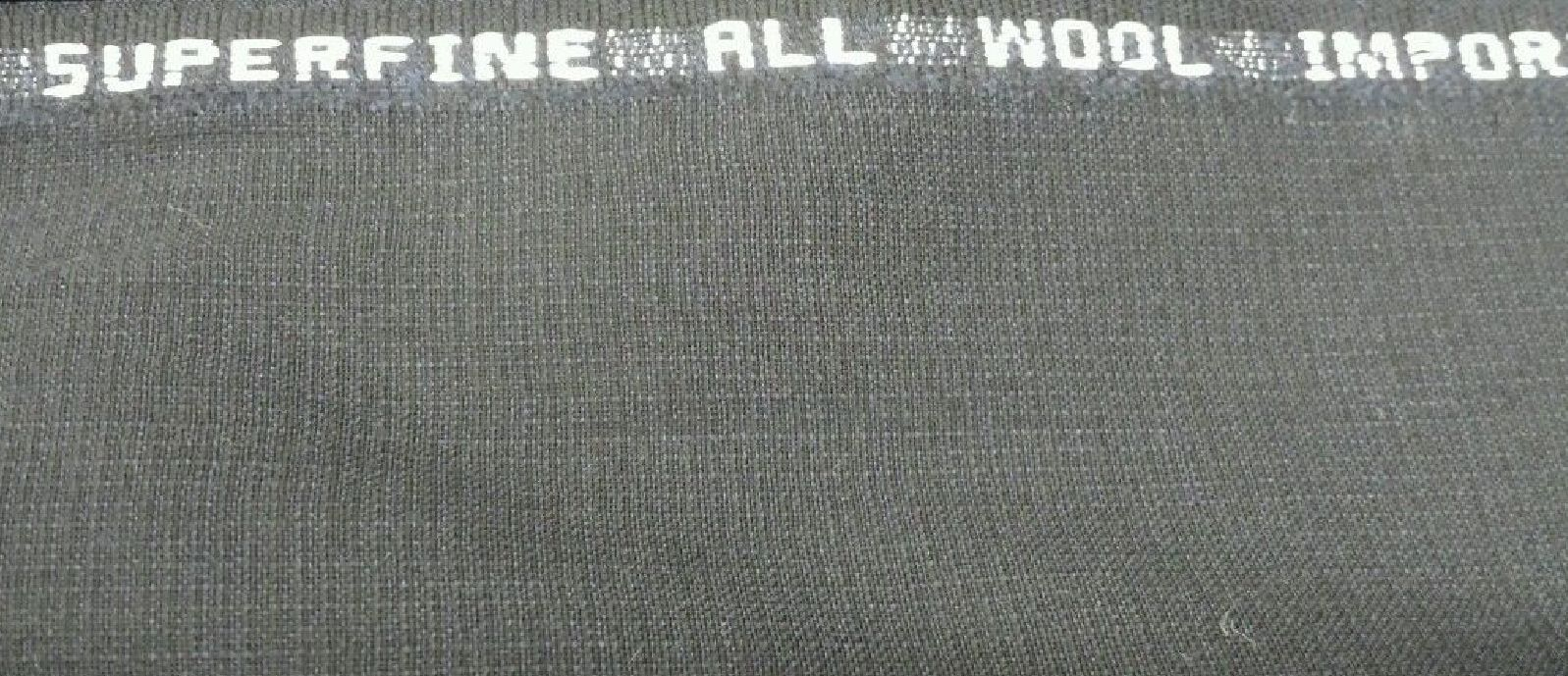 Superfine120'S Italian Wool Suit fabric    Navy PKAY 6.5 Yards MSRP 975