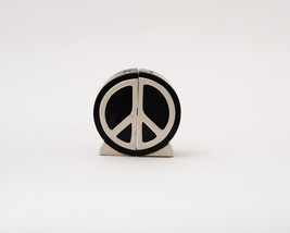 Peace Sign 1960's Icon Magnetic Ceramic Salt and Pepper Shaker Set - $10.68