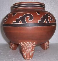 Signed Leopoldo de Mexico Native Indian Etched Lion Large Pottery Vase L... - $385.68