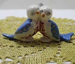 Vintage Hand Painted Lovebirds Collectible Figurine - $9.50