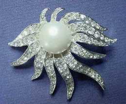 Vintage Rhinestone Pin Octopus Seaweed Flames Faux Pearl - $29.00