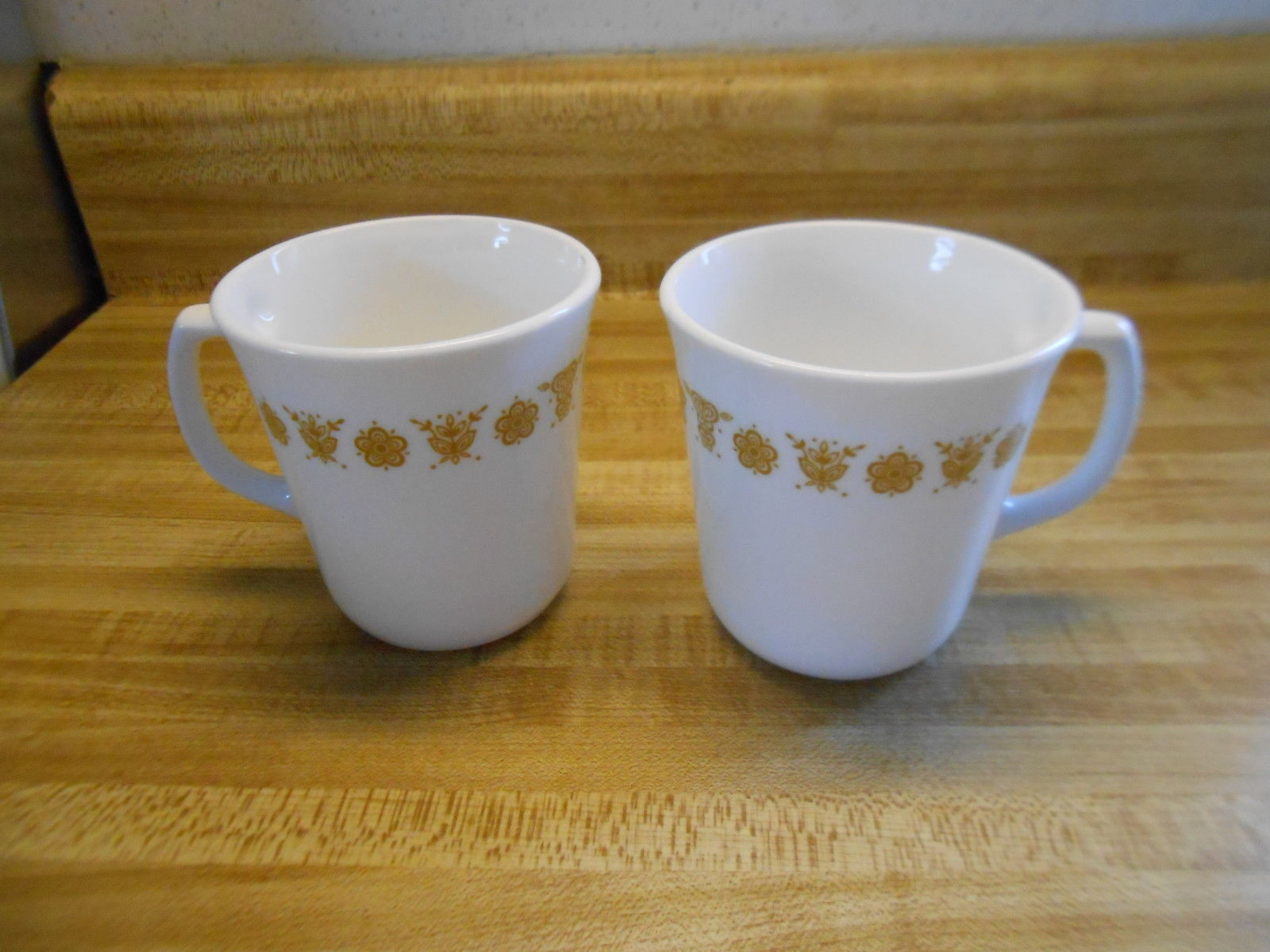 Primary image for corelle gold butterfly cups with D shaped handles lot of 2 cups