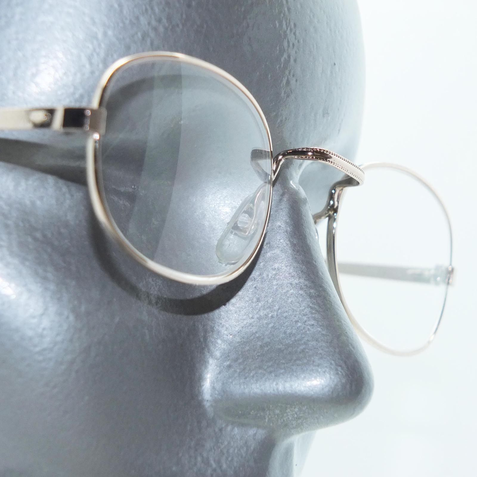 Primary image for Vintage Style Square Bridge Wire Oval Gold Frame Reading Glasses +1.25 Lens