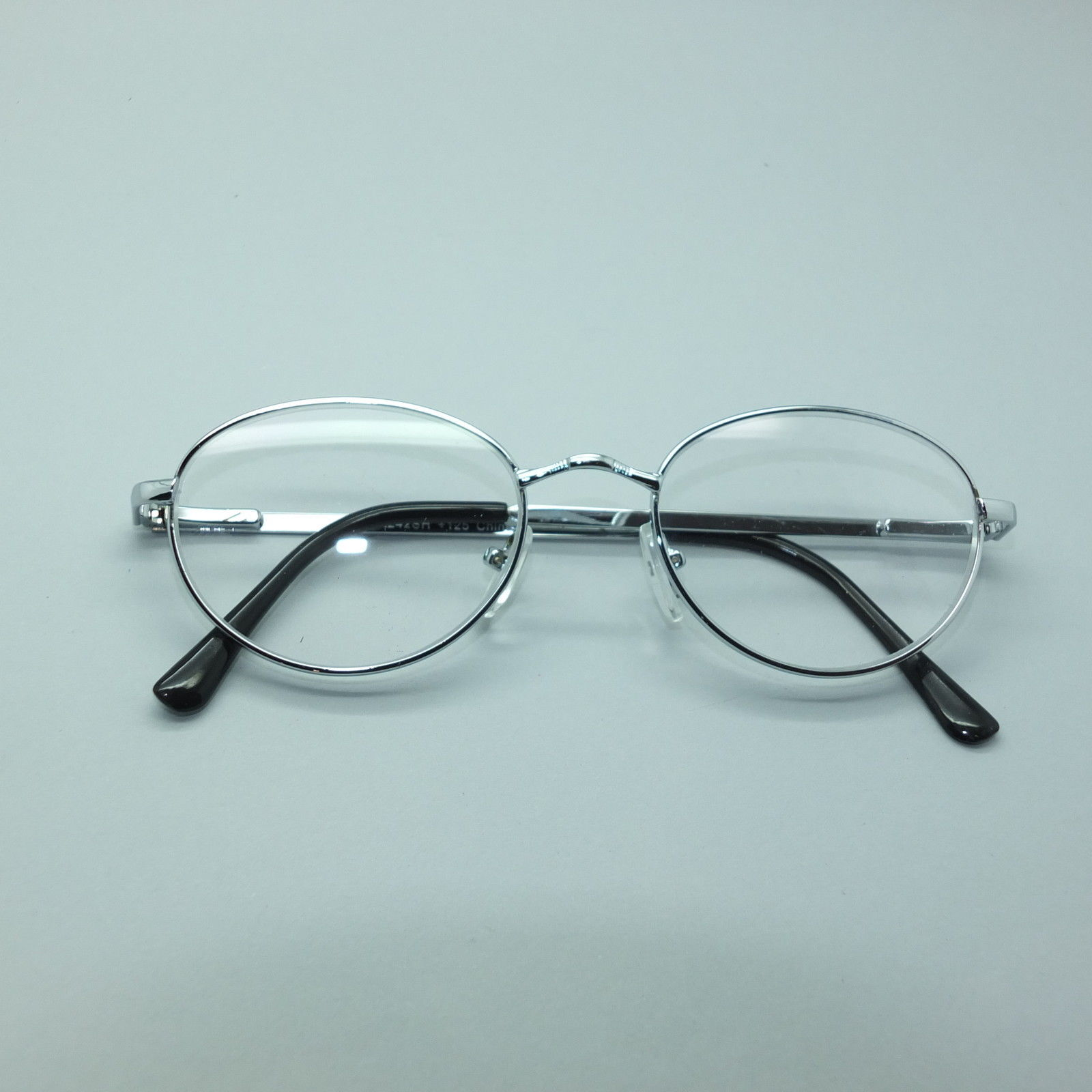 reading glasses silver wire pretty oval frame 1 25 lens