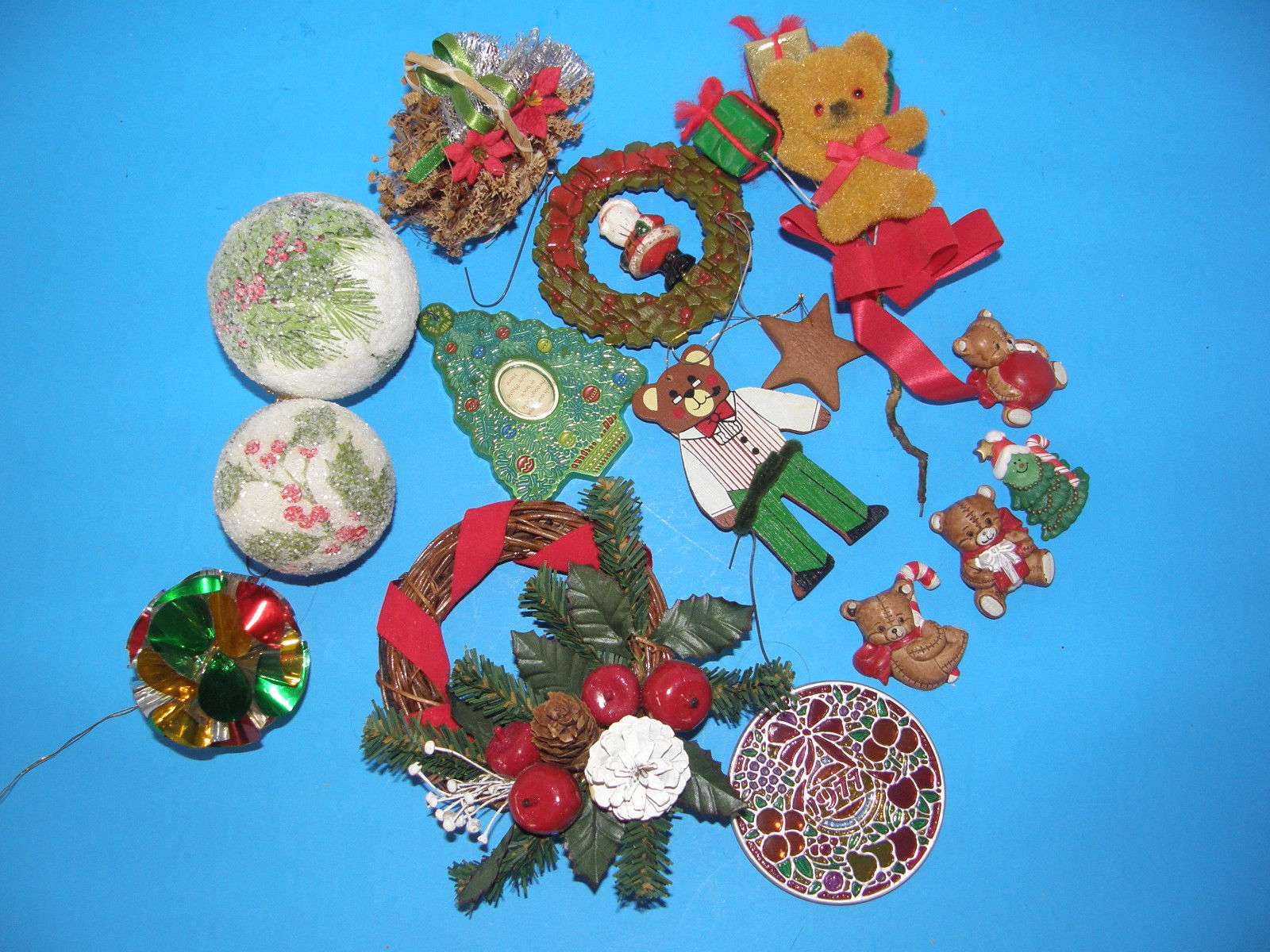 Primary image for LOT OF 15 ASSORTED CHRISTMAS TREE ORNAMENTS -DIFFERENT SHAPES  AND SIZES
