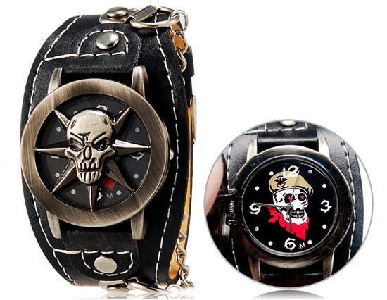 Primary image for Punk Style Unisex Eight-star Skull Print Round Analog Flip Watch with Faux