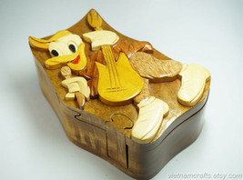 Hand Carved Wood Art Intarsia Donald Puzzle Jewelry Trinket Box Home Decor - $25.00