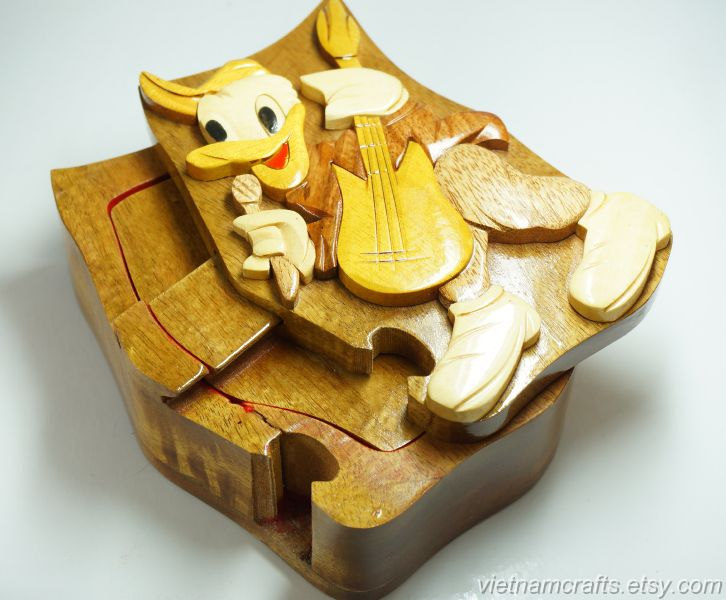 Hand carved wood art intarsia donald puzzle jewelry