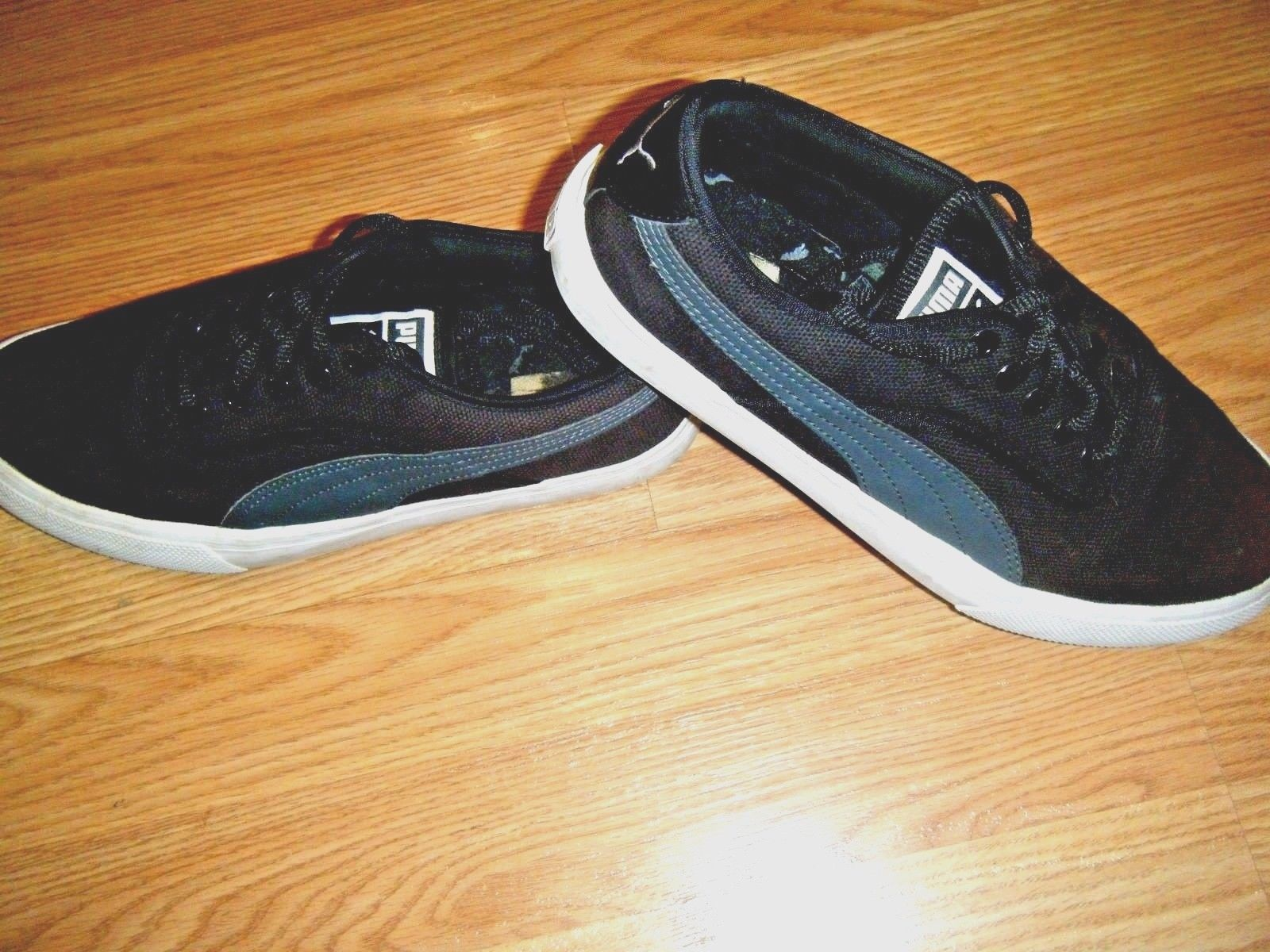 9a618339433 Puma Black Canvas Low Sneaker Shoes Size 7 and 50 similar items. S l1600