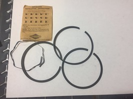 Oem Genuine Briggs & Stratton Ring Set 391671 - $11.29