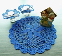 Blue Round Christmas Crochet Doily With Scalloped Edge and 2 Drawstring ... - $21.00
