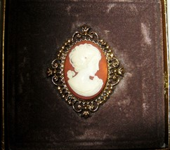 "Vintage Avon Cameo perfume gold tone locket 2"" brooch pin in box NOS w/p... - $32.17"