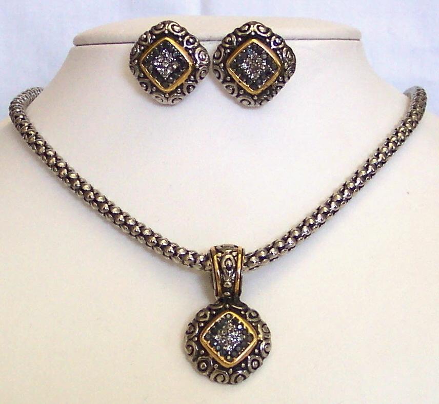 Gold-Silvertone Rhinestone Pendant Necklace Earring Set ...