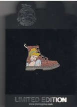 Cinderella Steppin' Out Authentic Disney  on card  LE 500 Pin - $155.99