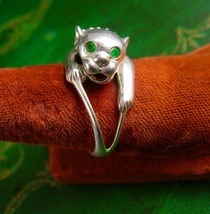 Sterling Cougar Ring Vintage Green jeweled Eyes Silver 4.7 Grams Royal L... - $145.00