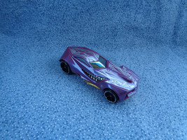 Hot Wheels 2009 Mattel Urban Agent Purple Car Made in Malaysia - $1.19
