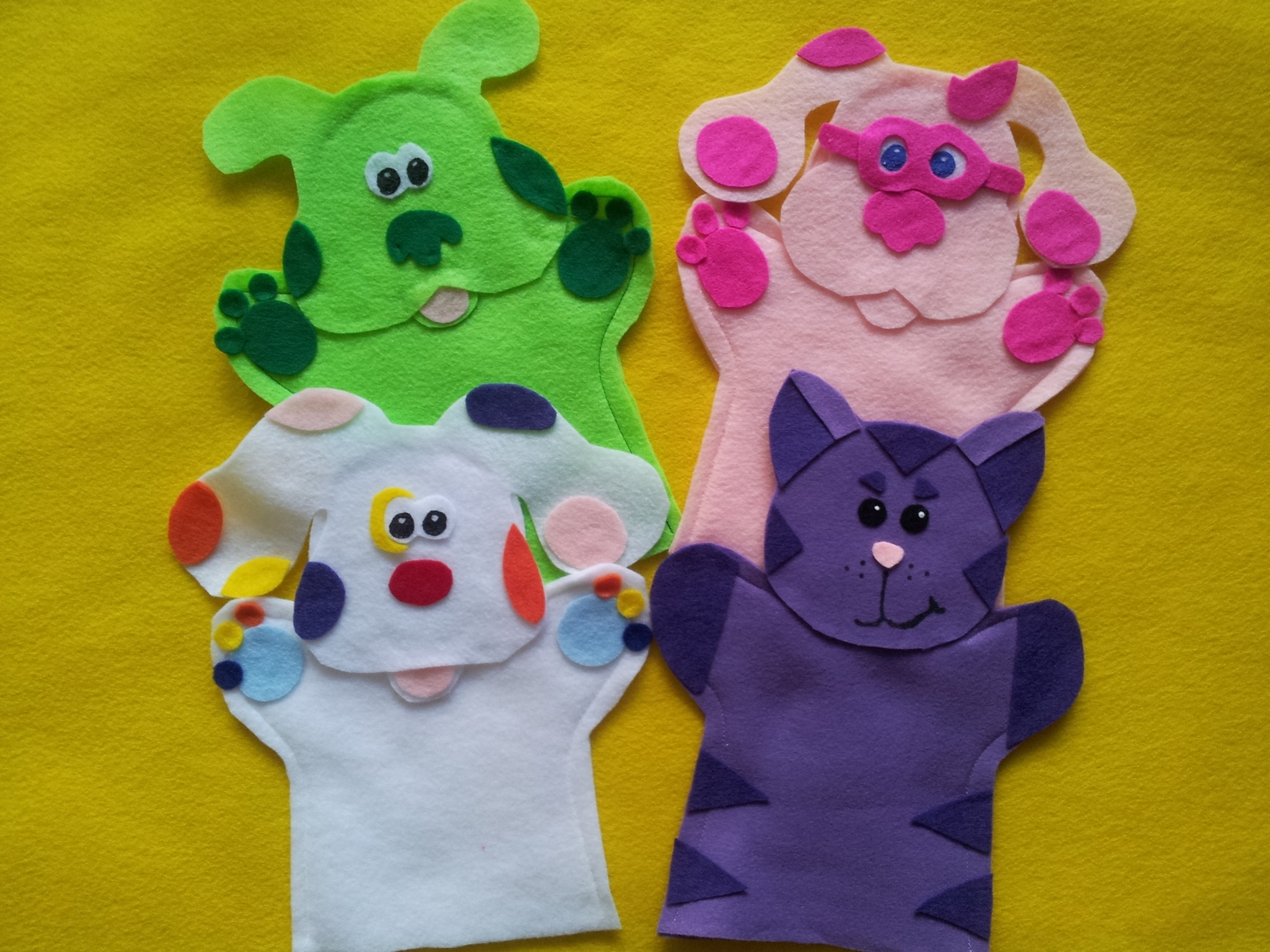 Blues Clues puppets-Blue, Magenta, Steve, Green Puppy, Perwinkle, Magenta, Sprin