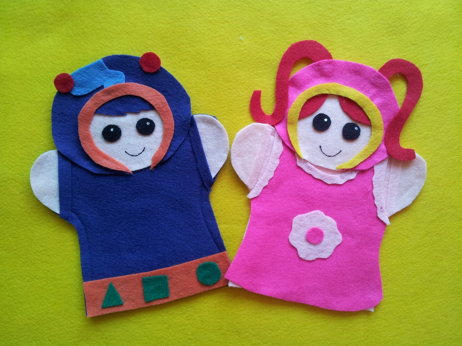 Team Umizoomi- felt hand Puppets