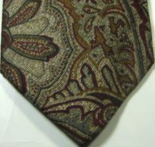 ERMENGENLIDO ZEGNA Rich Brown Burgundy Paisley 100% Silk  Tie  RARE - $29.99